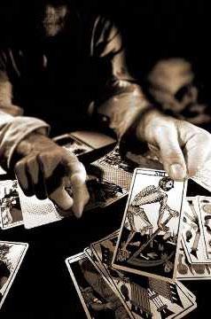 seriöses Kartenlegen